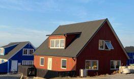 Esimene maja Gröönimaal on väljast valmis